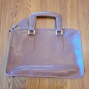 Tan leather bag by Empire-Orr